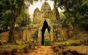Découverte de vastes cités médiévales sous la jungle du Cambodge