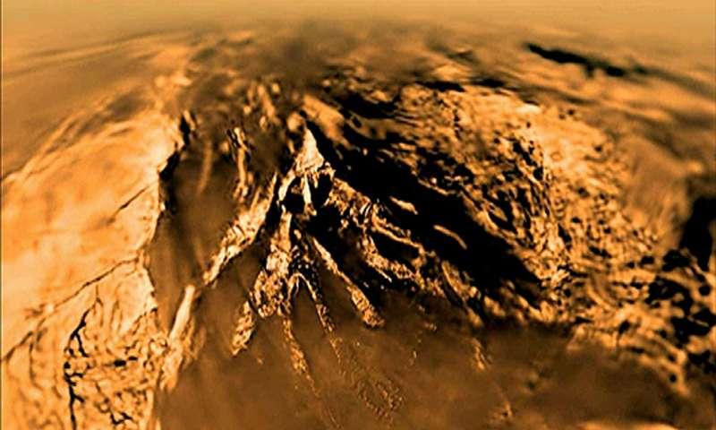 Image de la surface de Titan / ESA/NASA/JPL-Caltech/Univ. of Arizona