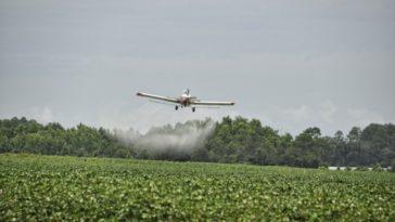 épandage herbicide pesticide