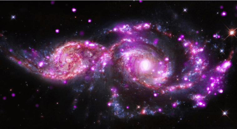fusion de deux galaxies