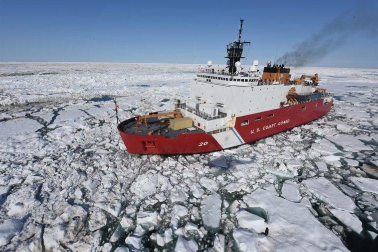 arctique bateau banquise