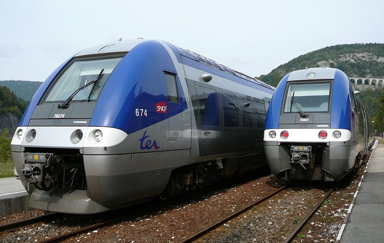 TER SNCF train