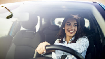 femme conduite voiture
