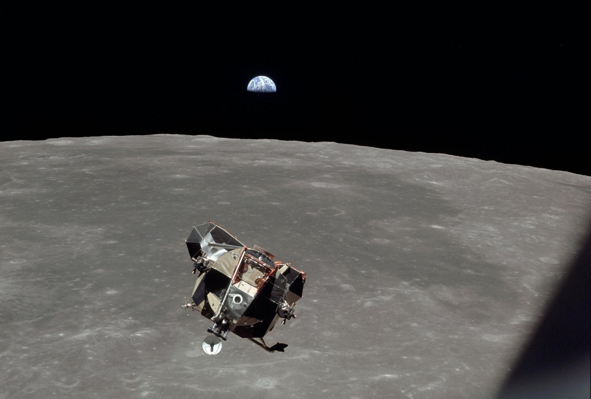 À quoi Michael Collins a t-il pensé une fois seul derrière la Lune ?